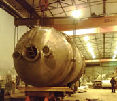 34 tonne reactor made from 304L stainless steel 10800 tubes